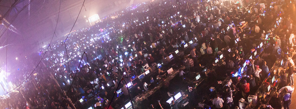 Thousands of gamers lanning in Dreamhack Winter 2014's BYOC section. Photo credit: Dreamhack.se